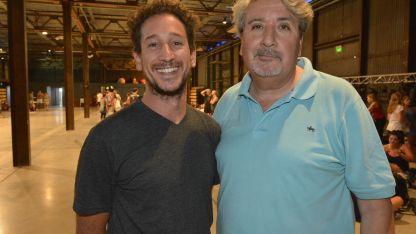 Federico Castro y Miguel Calderón, al frente de los actores.