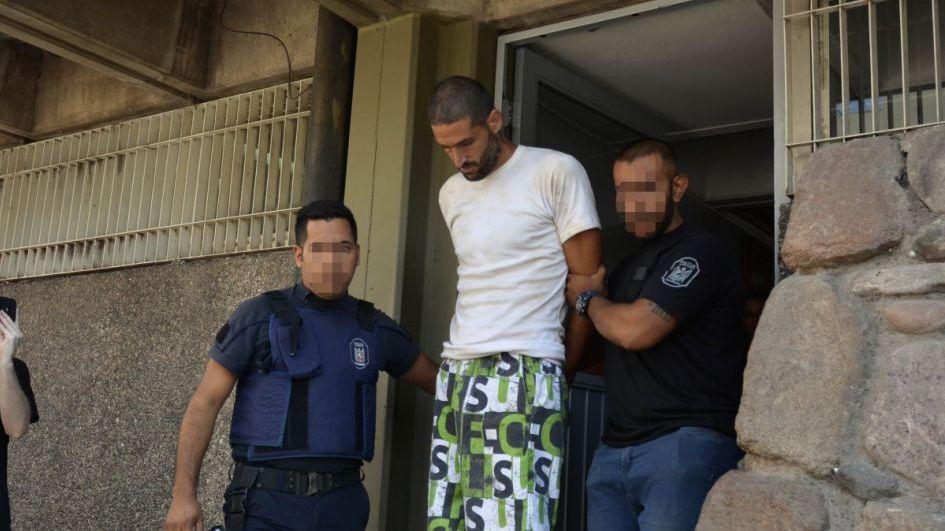 El video de Gil Pereg desnudo y maullando en la cárcel: piden que lo internen en El Sauce