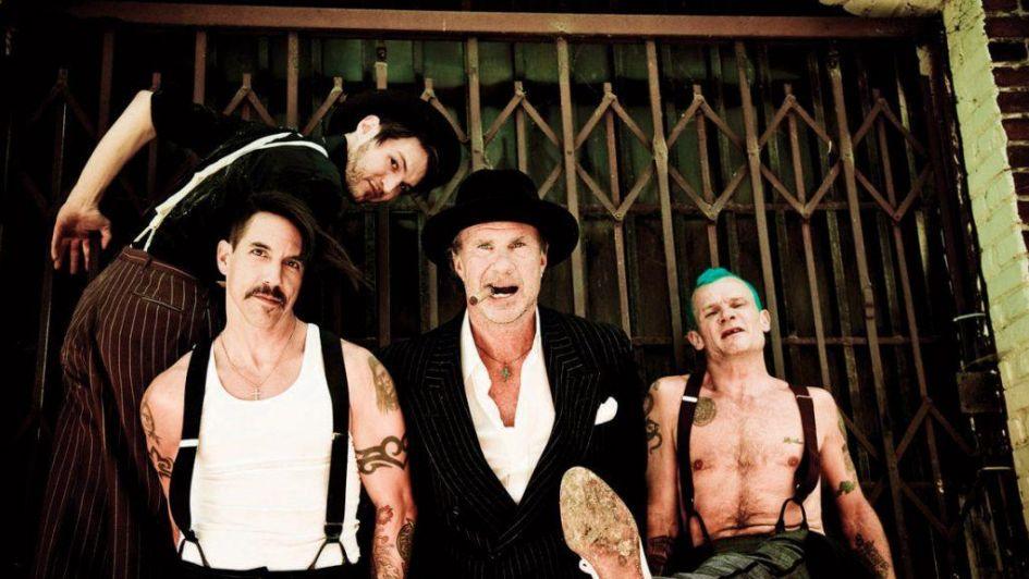 Red Hot Chili Peppers como faraones