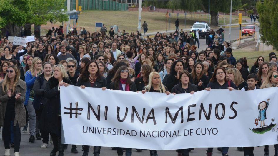 Causas culturales  de la violencia  contra las mujeres - Por Héctor Ghiretti