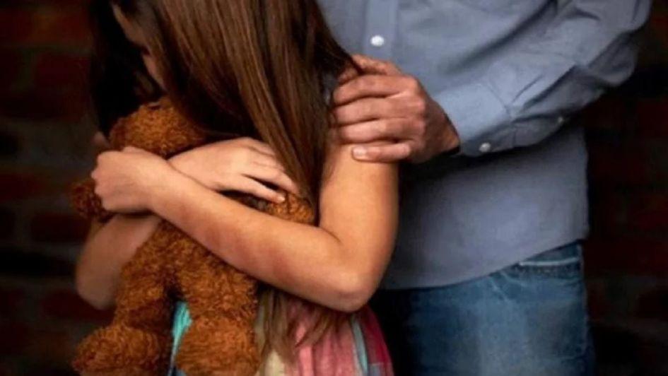 Intentó violar a su nieta de 12 años en un hotel alojamiento y lo detuvieron