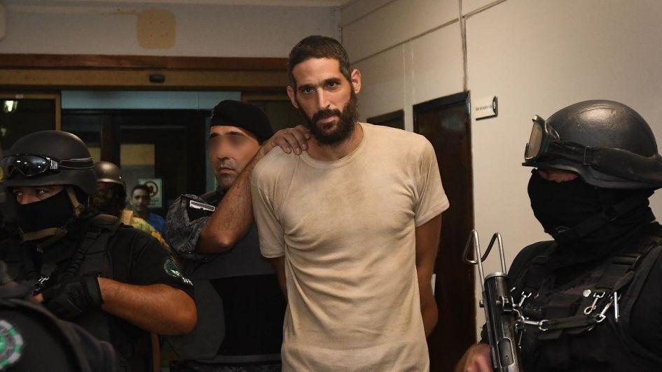 Bañaron a Pereg en la cárcel y ahora padece estrés: el nuevo reclamo de su defensa