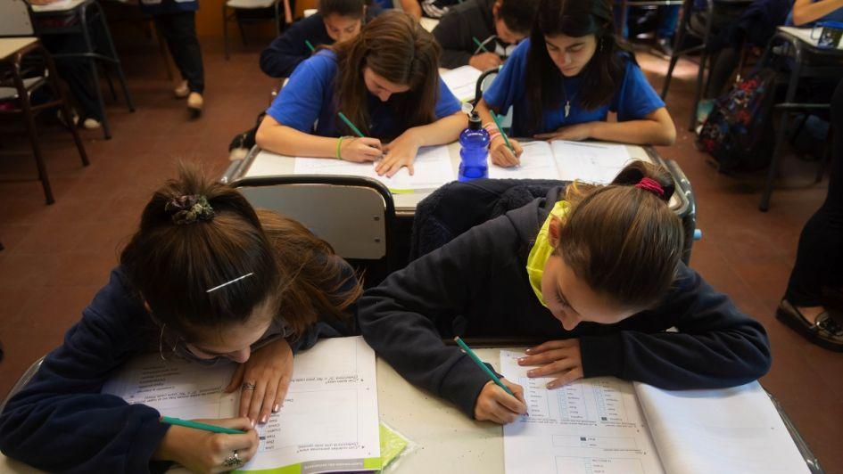 Aprender 2018: los chicos mejoran los resultados en Lengua, pero siguen mal en Matemática