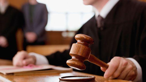 Inédito: una mujer deberá pagarle $ 1.000.000 a su exmarido por impedirle ver a su hijo