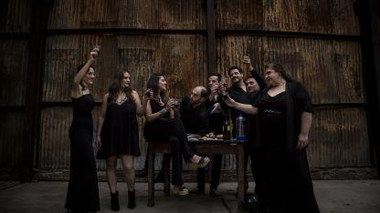 Divertida y fresca. La ópera es una exquisita comedia de enredos burgueses y atrevidos que se pudo ver en Mendoza