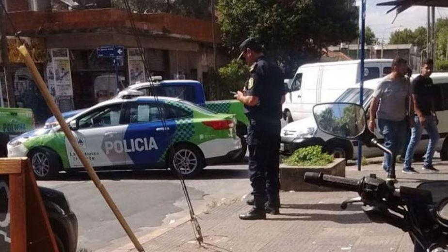 El acompañante de la mujer asesinada por motochorros se quedó con parte del botín
