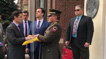 El embajador de Guaidó ocupó ayer dos sedes en Washington.