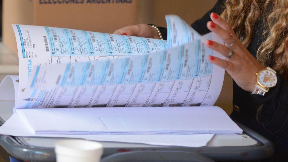 Sólo en boletas costará $ 5,5 millones desdoblar las PASO municipales