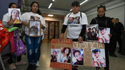 Familiares y vecinos de las víctimas fatales pidieron justicia en los tribunales provinciales.