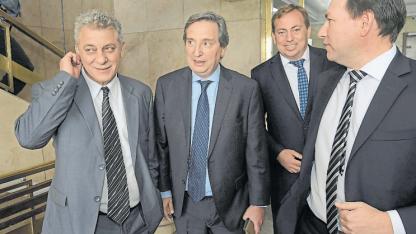 Giménez, Félix, Aveiro y Righi.
