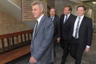 Jorge Giménez, Emir Félix, Martín Aveiro y Roberto Righi fueron los intendentes del PJ que llevaron la demanda a la Justicia.