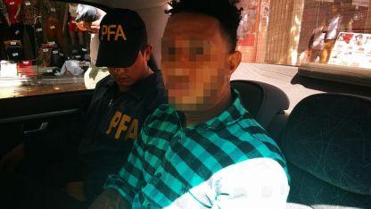El sujeto está acusado de un homicidio ocurrido en España.