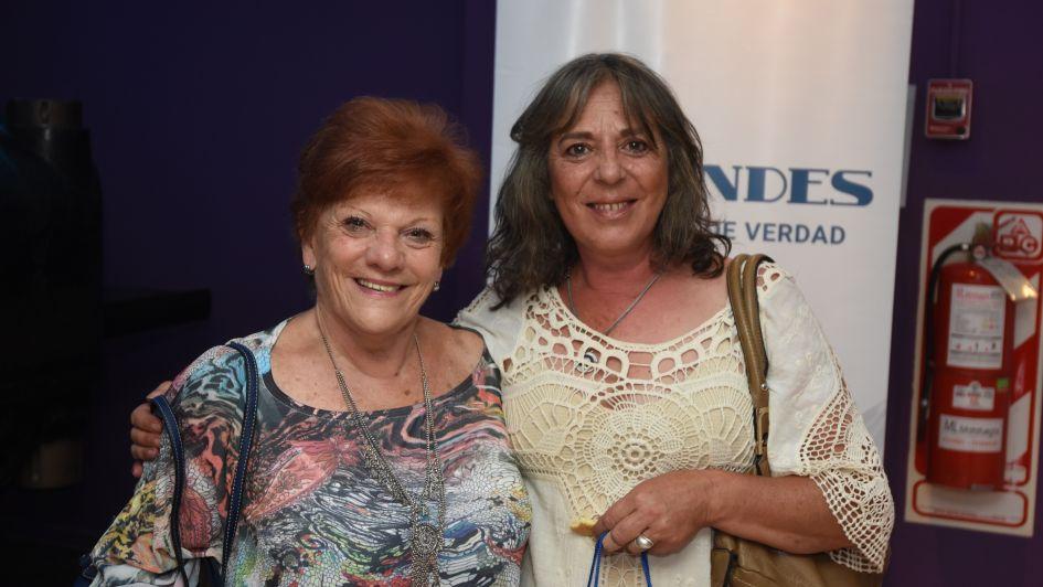 Mujeres que dejan huella: un encuentro cálido y emocionante, a sala llena