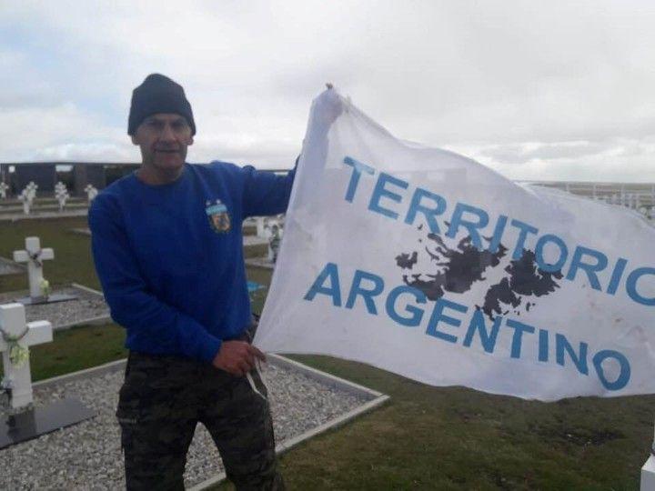 Santiago: Un veterano santiagueño fue detenido por cantar el Himno en Malvinas