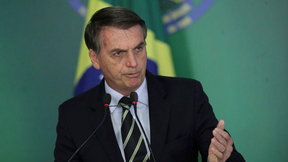 Polémica en Brasil: Bolsonaro habilitó a militares a celebrar el golpe de 1964