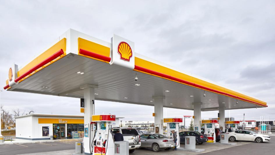 Shell dio marcha atrás y bajó 4,5% sus combustibles en todo el país