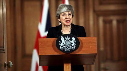 Para negociar. May llamó al líder del Laborismo, Jeremy Corbyn.