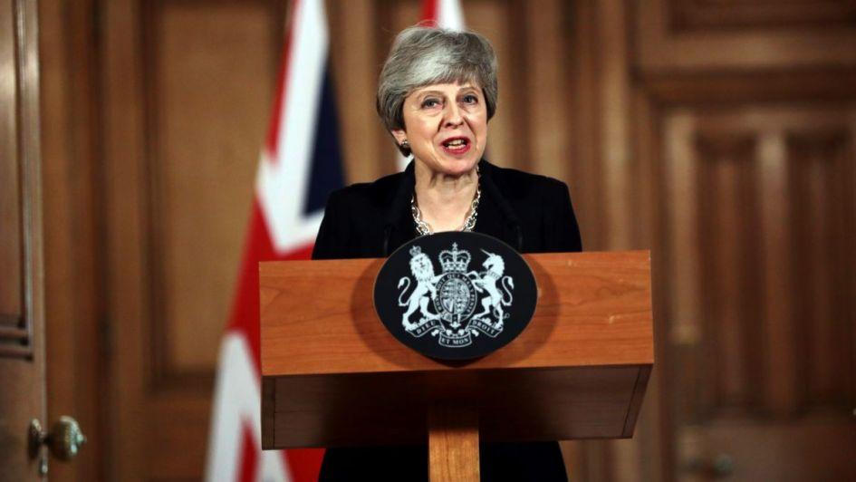 Brexit: acorralada por sus aliados, May pide una nueva prórroga