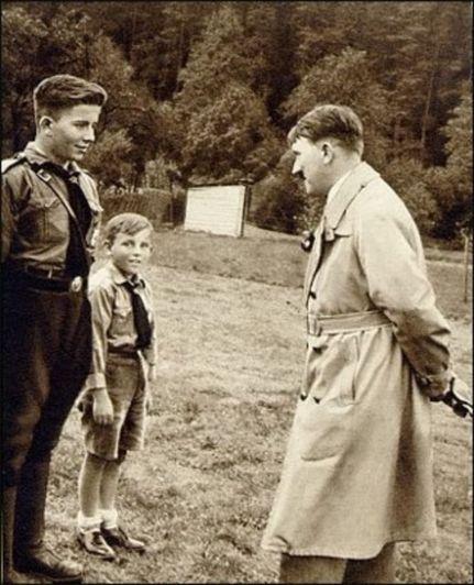 Los niños de Hitler: la historia de Werwolf, de pequeños exploradores a feroces asesinos