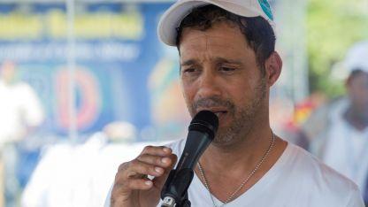 Carlos Silver, cantante dominicano, brindó un show 106 horas y 7 minutos.