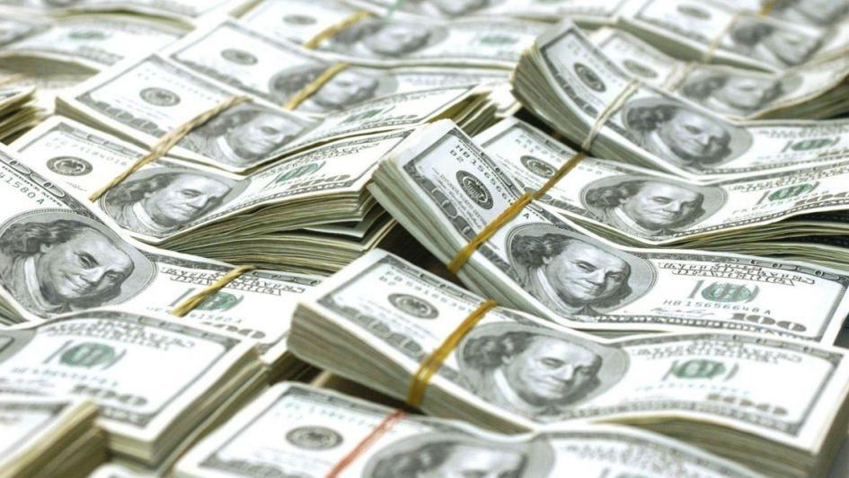 El dólar pisa los $45 a la espera del FMI y las elecciones patagónicas