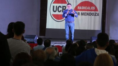 El lujanino buscó aglutinar dirigentes en Godoy Cruz.