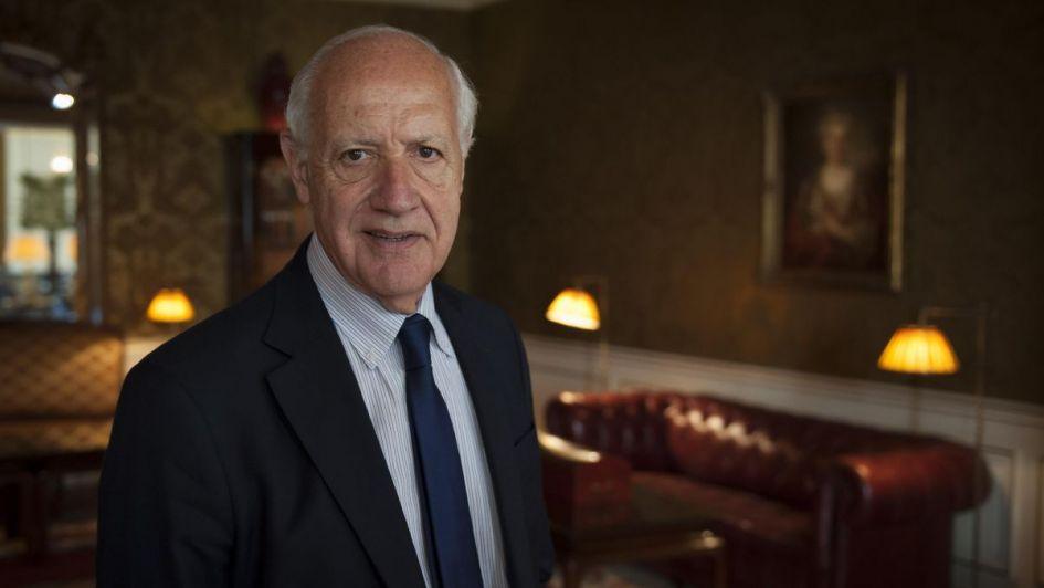 Sin apuro, Lavagna espera que los partidos acomoden propuestas