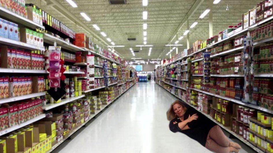 Con ironía, Carrió volvió a disparar contra los supermercados