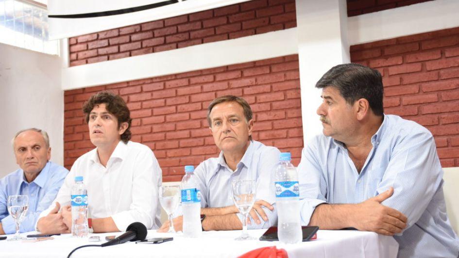 En campaña: la fórmula Suárez-Abed recibió a Martín Lousteau en Junín
