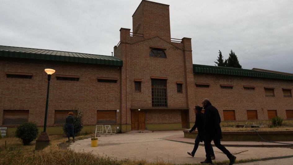 Polémica en Luján por el traslado de la Municipalidad al ex instituto Próvolo
