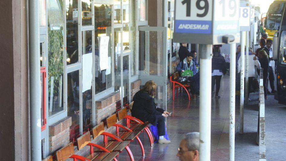 La UTA advirtió que a partir de ahora habrá paro de transporte todos los feriados