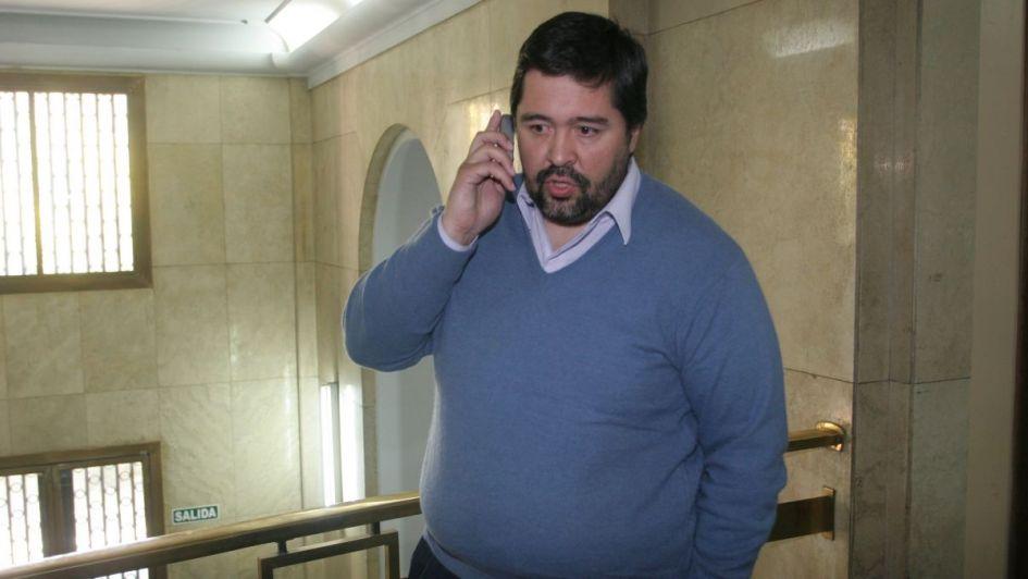Quién es el peronista que negocia en nombre de Ramón