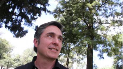 Luis Lehner, científico argentino, se encargó de la selección de millones de fotos.