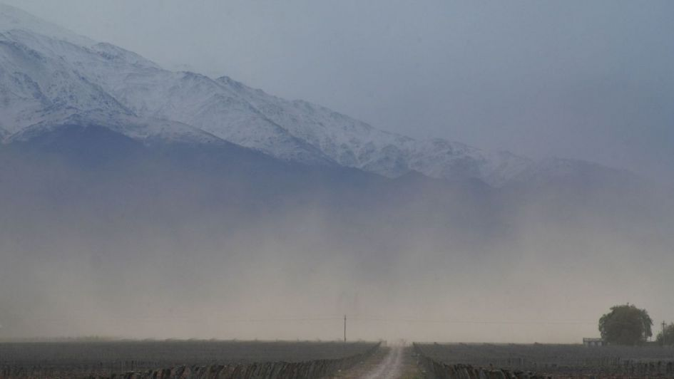 Pronóstico: viento zonda en precordillera que anuncia inestabilidad