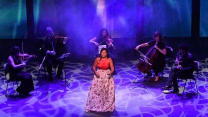 """Lugar para el aria. Verónica Cangemi interpretando """"Lascia chío pianga"""" de Händel."""