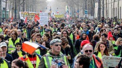 """Manifestantes. Los """"chalecos amarillos"""" surgieron en 2018 contra el aumento de los combustible"""