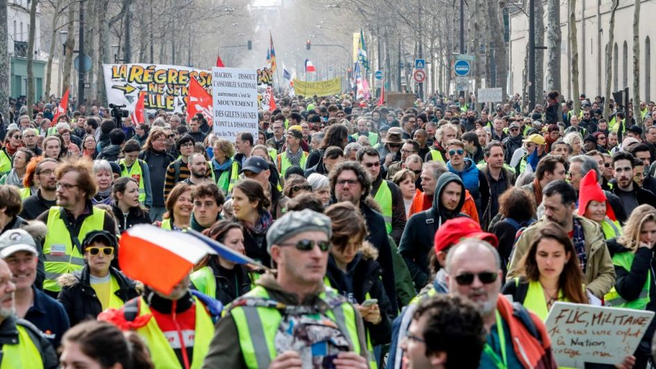 "Francia: disturbios en Toulouse durante protesta de ""chalecos amarillos"""