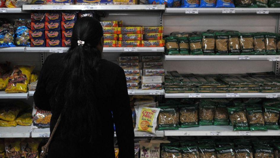 Consumidores critican las medidas que anunciarán para contener la inflación