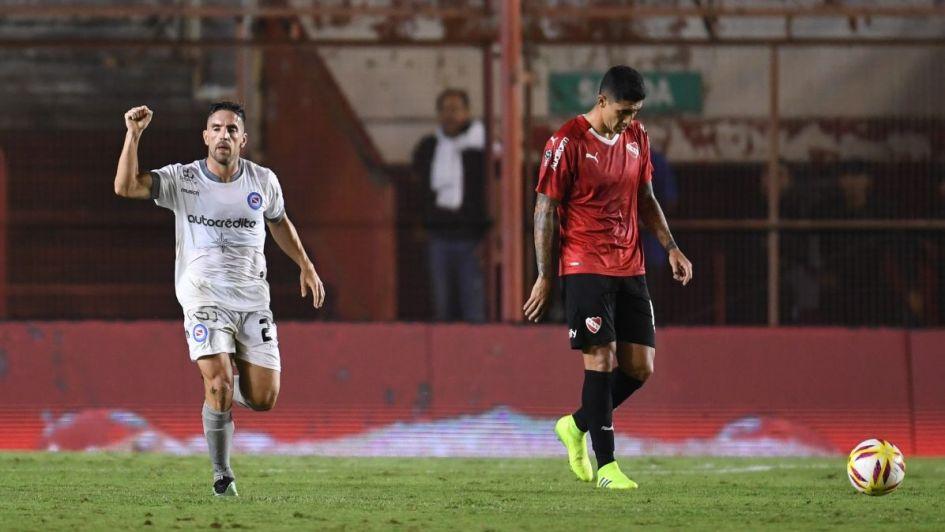 A pesar de la derrota, Independiente se fue de la Paternal con una sonrisa