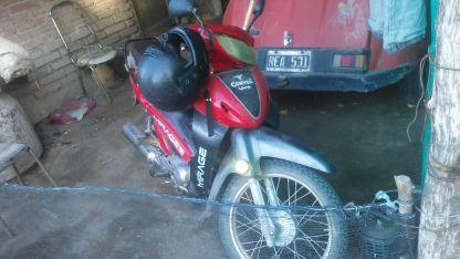 La moto en la que se movía el agresor fue secuestrada.