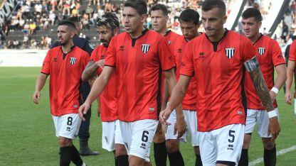 Fernández, Cucchi, Márquez y Cortizo, sin festejo final.
