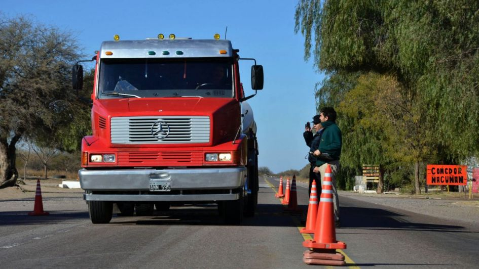Dos mil multas por cargas peligrosas y mal traslado de personas en rutas de Mendoza