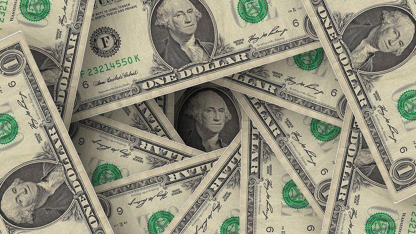 Para los economistas, el plan solo evitará que se dispare el dólar