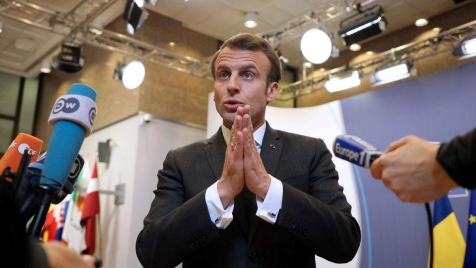 Conmocionado, Macron expresó su tristeza por el incendio de Notre Dame