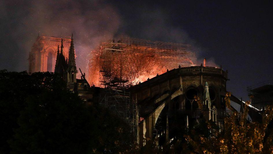 Fotogalería: así luce Notre Dame mientras las llamas comienzan a ser controladas