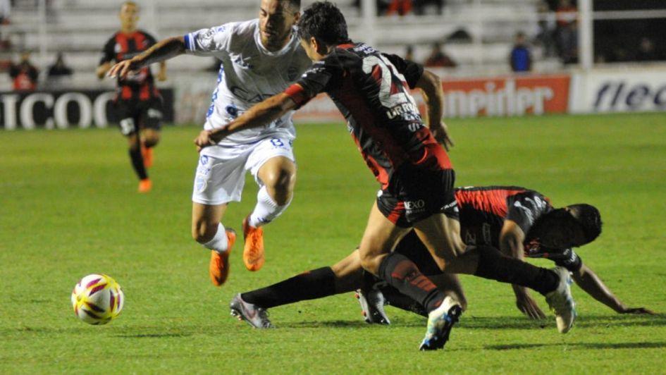 Copa de la Superliga: Godoy Cruz se trajo un buen empate de Paraná