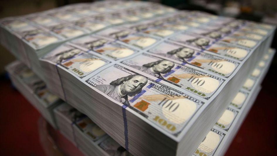 Tras la subasta del Central el dólar perforó barrera de los $43