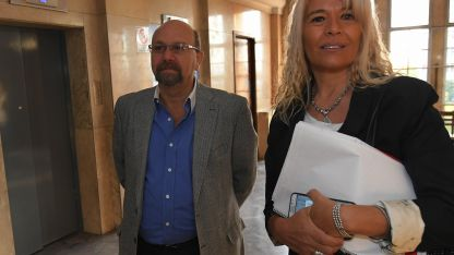 Lobos y Claudia Sgró llegan a tribunales en la primera jornada del juicio oral. Mañana continúa el debate