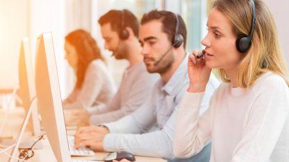 Ahora, en los call centers están más ocupados en atender a clientes que piden rebajas de servicios que dar de alta a sus productos.