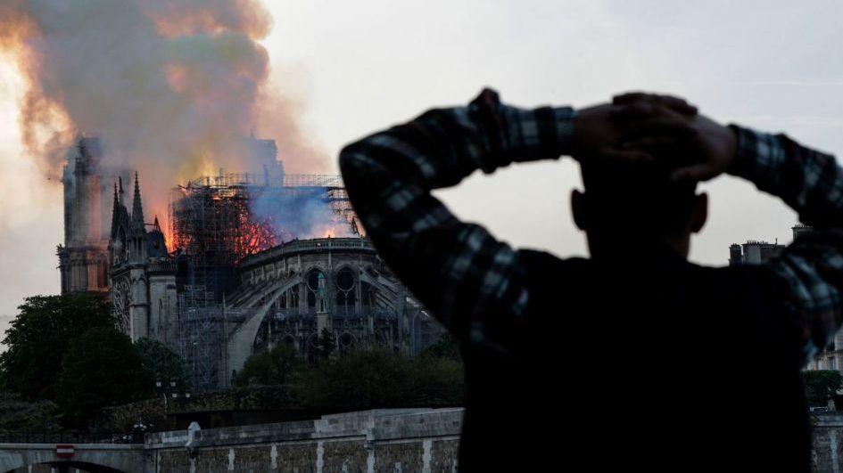 Incendio en Notre Dame: la principal hipótesis sobre el desastre que conmociona al mundo